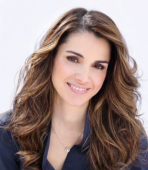 http://yogi007.files.wordpress.com/2009/03/queen-rania-4.jpg?w=295&h=340